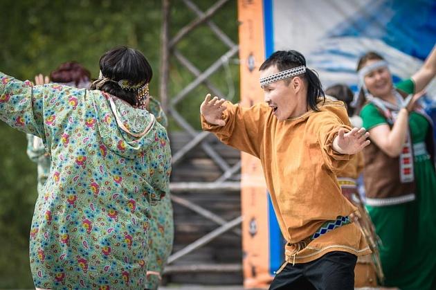 В селе Анавгай жители и гости Быстринского района в эти выходные – 22 и 23 июня – отмечали эвенский фольклорный праздник «Нургэнэк».