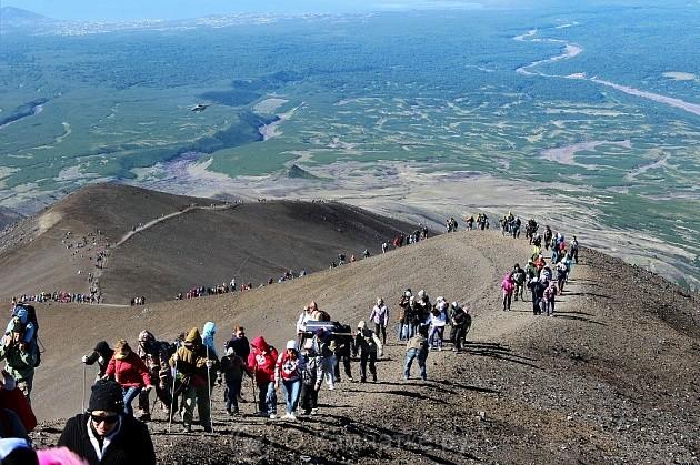 Праздничные мероприятия на Козельском вулкане из-за погоды перенесены на 25-26 августа. На Авачинском – без изменений