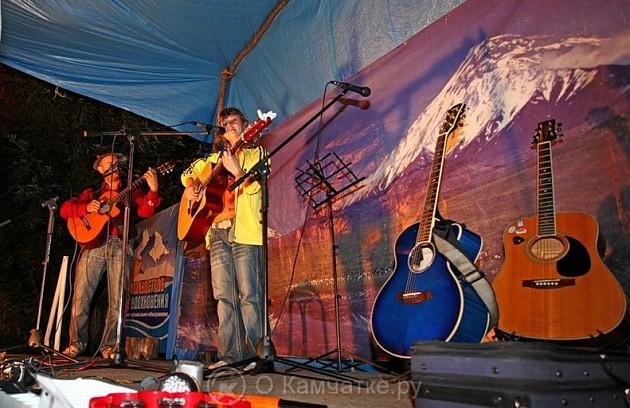 На поляне у реки Микижа пройдёт очередной фестиваль «Камчатская гитара имени Александра Трухачёва»