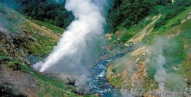 Долину Гейзеров на Камчатке назвали самым популярным у туристов чудом России
