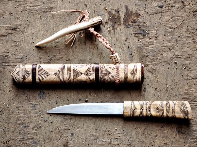 В культурно-информационном центре «Нулевая верста» продолжает свою работу выставка ножей