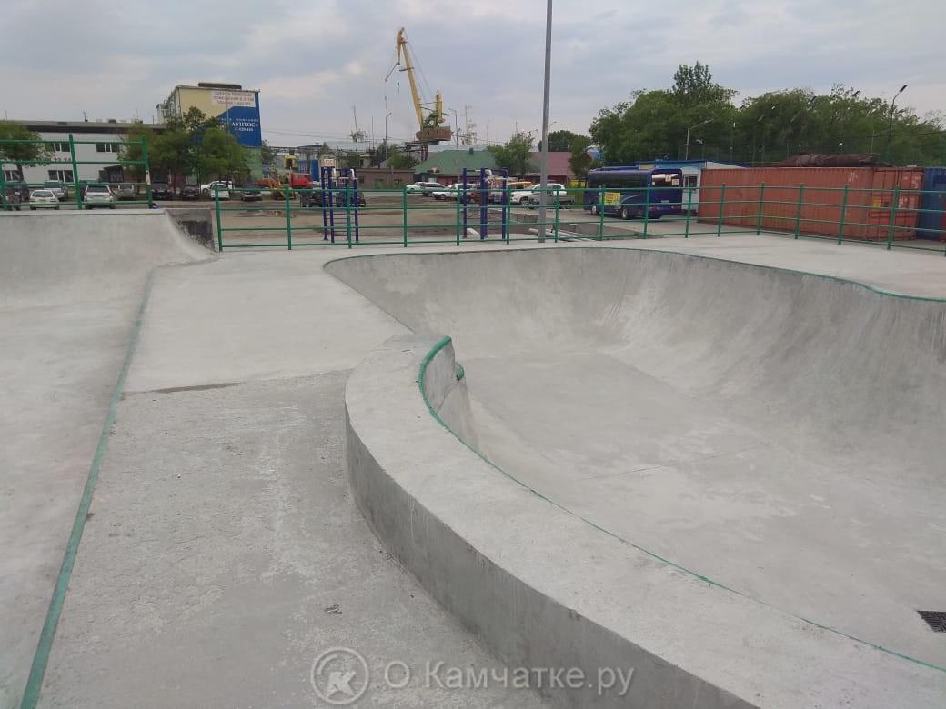 Глава города поручил найти современное технологическое решение для завершения работ по скейт-парку