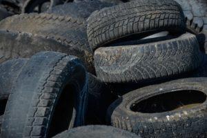 В краевой столице возобновлен прием использованных автомобильных покрышек