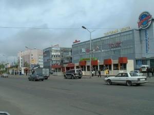 """Торговый центр """"Планета"""" и """"Дом радио"""""""